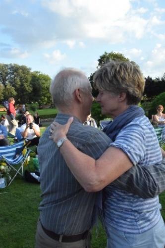 Tango in Elmhurst Park